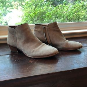 Sam Edelman Petty Boots in Putty Suede